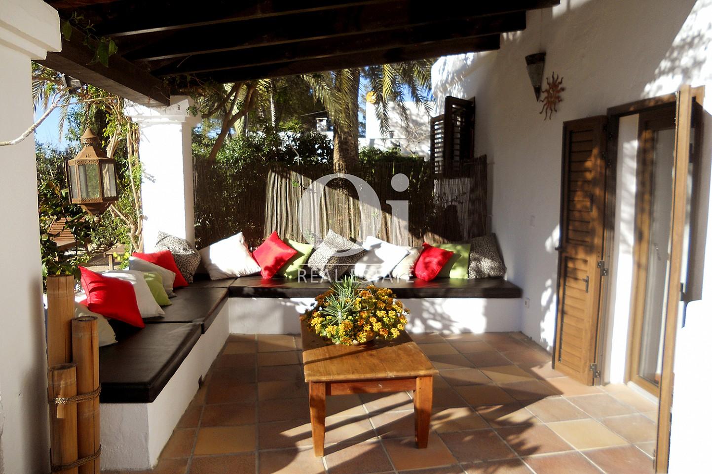 Zona chillout  de casa en venta en Las Salinas, Ibiza