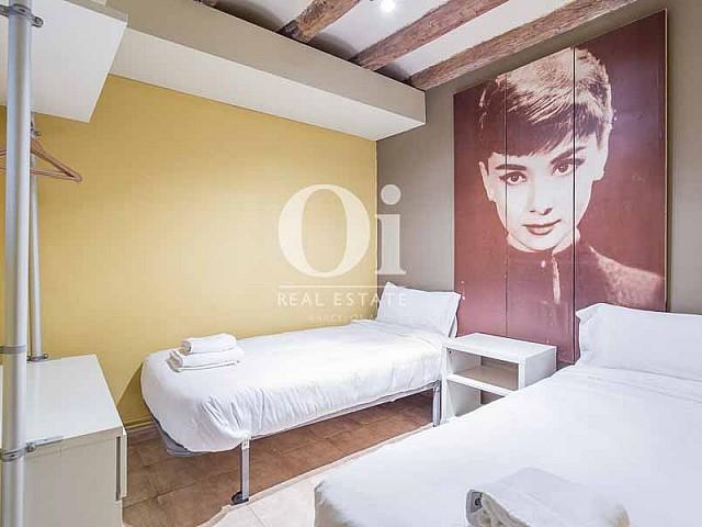Dormitorio de piso en venta en carrer Tallers, El Gòtic, Barcelona