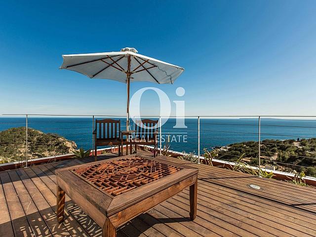Terrasse de maison pour séjour en location à Roca Llisa, Ibiza