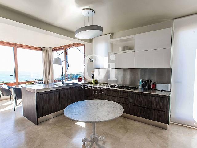 Cuisine de maison pour séjour en location à Roca Llisa, Ibiza