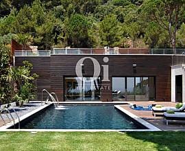 Sofisticada casa de 600m2 en venta en San Feliu de Guíxols