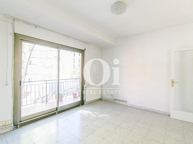 Salón de piso en venta en Travesera de Gracia, Barcelona