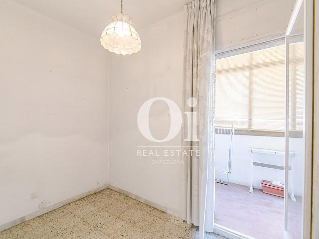 Комната с выходом на балкон в квартире на продажу рядом с Больницей Сант-Пау, Baix Guinardo, Барселона