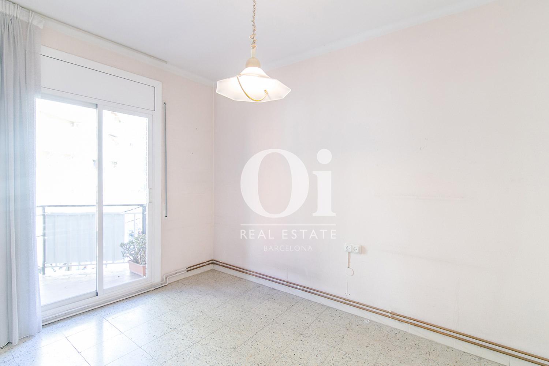 Sala de estar de piso en venta en Travesera de Gracia, Barcelona