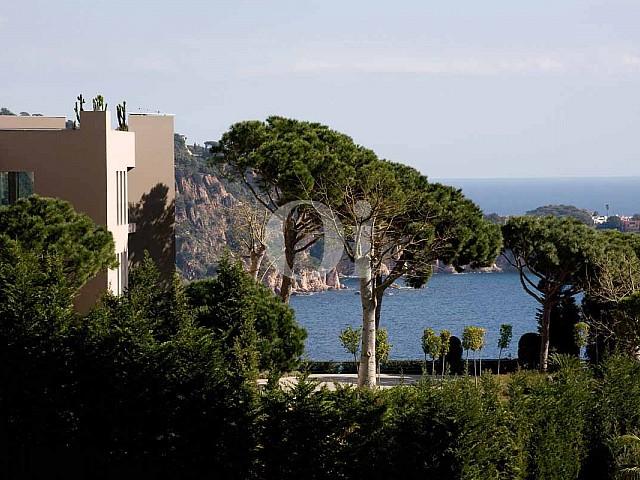 Blick auf die Umgebung der Luxus-Villa in Sant Feliu de Guixols, Costa Brava