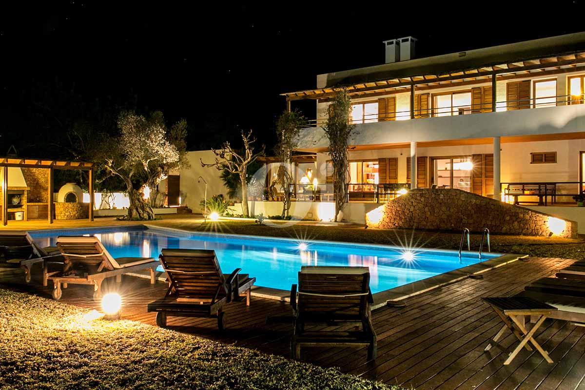 Fachada de casa en alquiler de estancia en San Jose, Ibiza