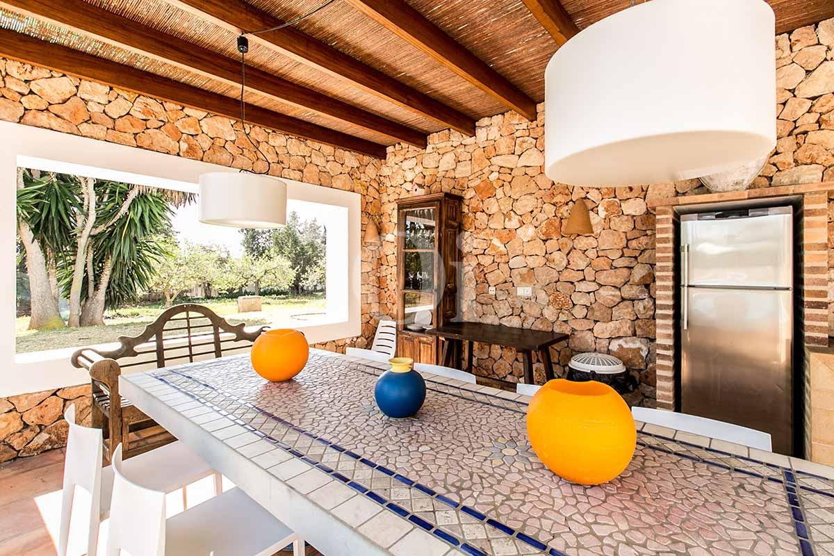 Comedor de verano de casa en alquiler de estancia en San Jose, Ibiza