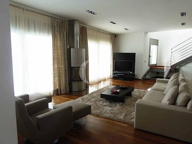Blick in den Wohnbereich vom Haus zum Verkauf in Platja d'Aro.