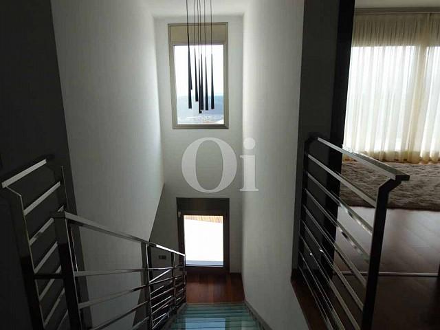 Escaleras de casa en venta en Platja d'Aro, Maresme, Barcelona