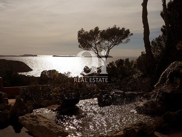 Vistas al mar desde casa en venta en Punta Galera, Ibiza
