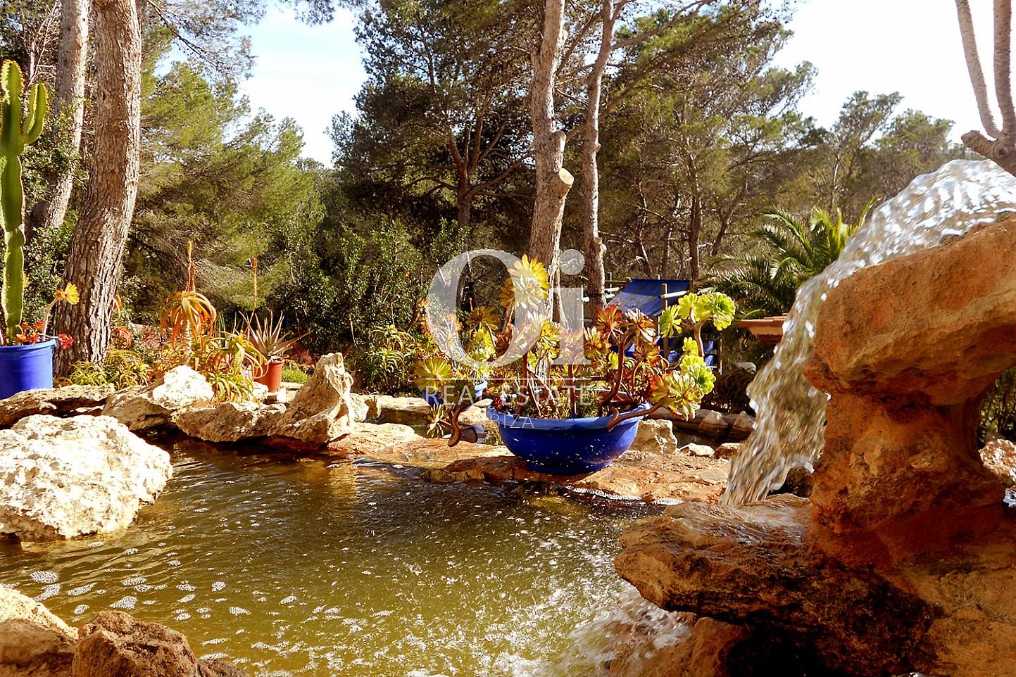 Patio de casa en venta en Punta Galera, Ibiza