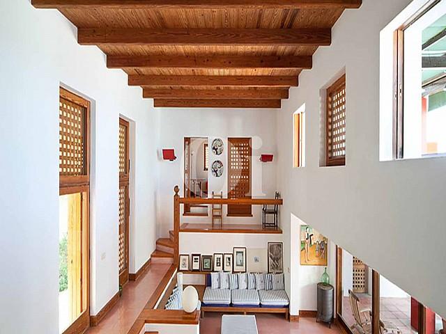 Blick in die Innenräume der Ferien-Villa zur Miete auf Fomentera