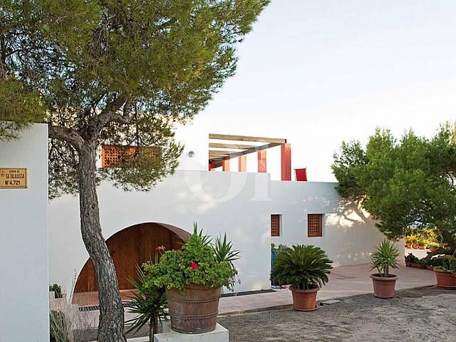 Façade de la maison en location à Formentera