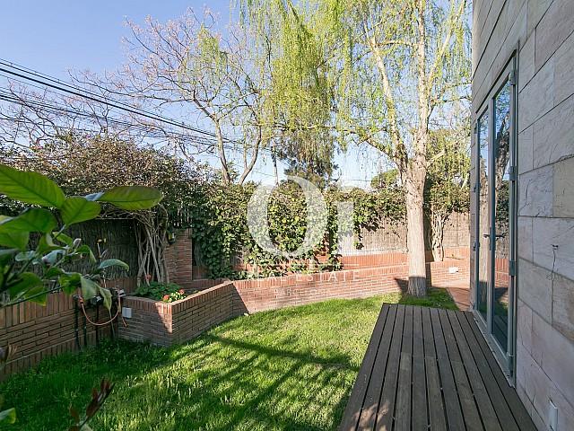 Jardín de casa en venta en Castelldefels, Barcelona