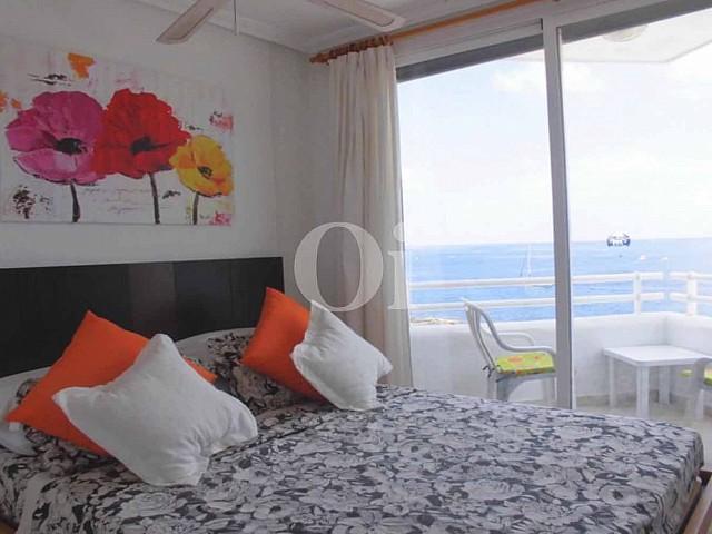 Dormitorio de piso ático en venta en Sant Antoni de Portmany