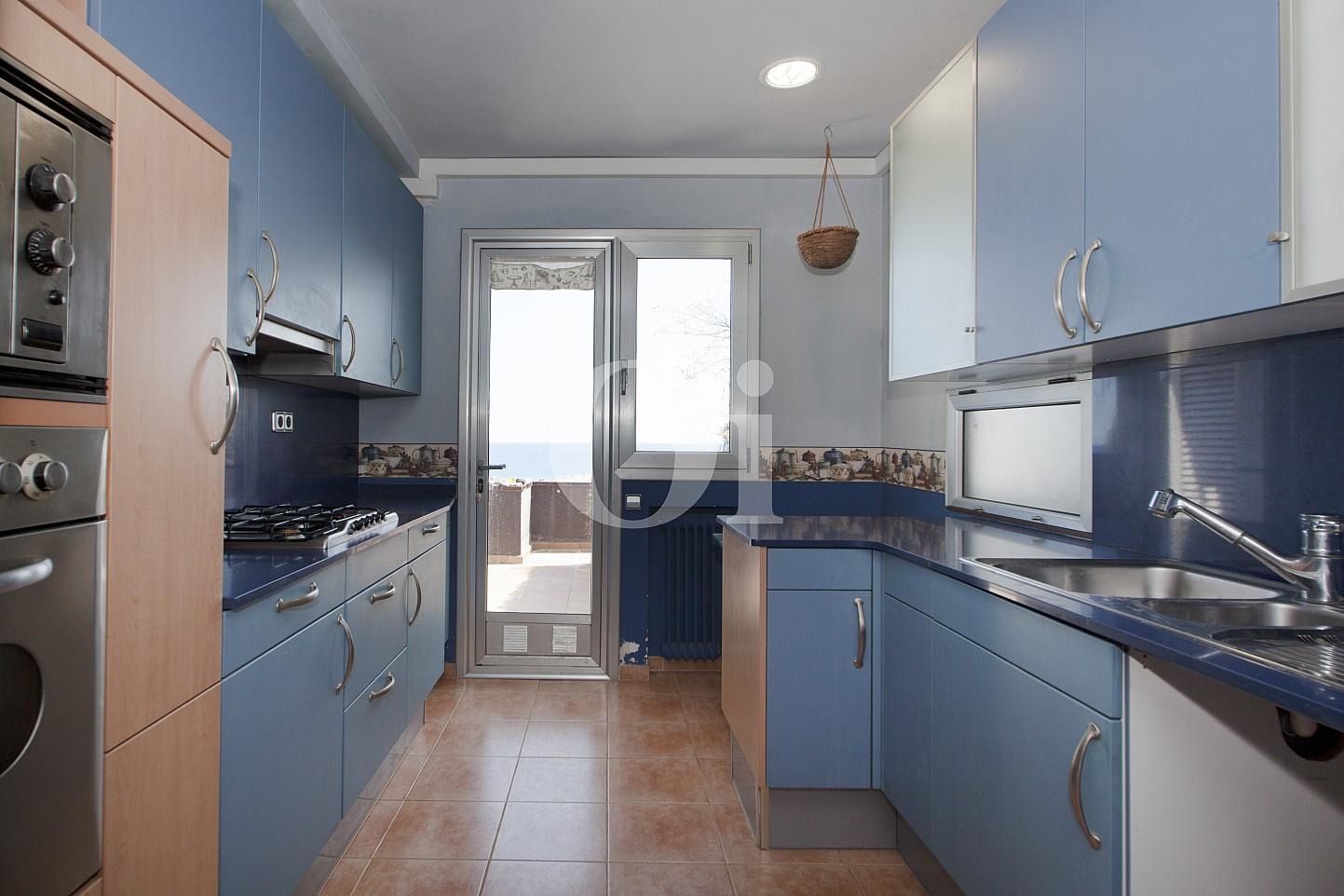 Blick in die Küche vom Penthouse zum Verkauf, in Maresme