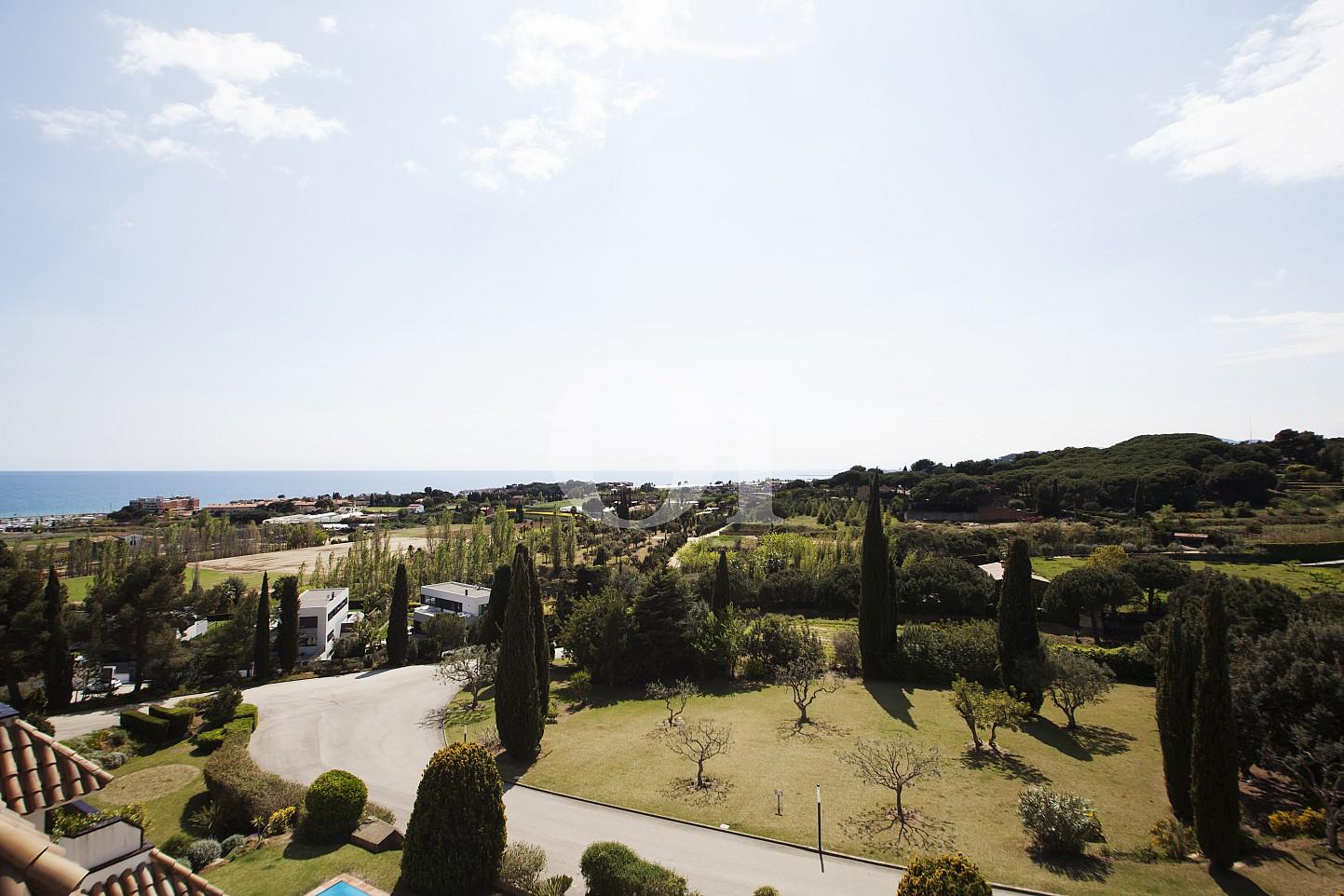 Blick auf die Landschaft vom Penthouse zum Verkauf, in Maresme