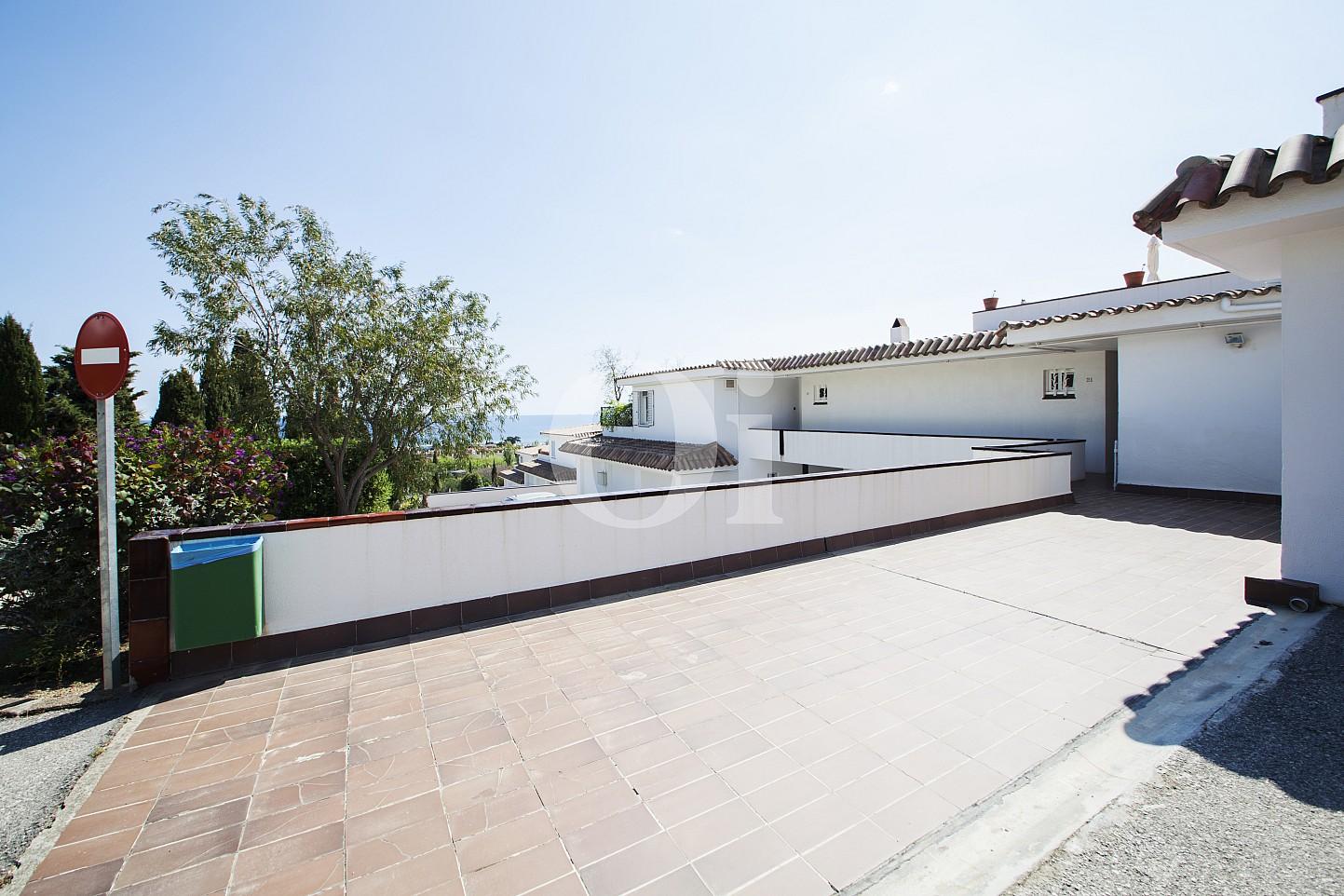 Blick auf den Eingang vom Penthouse zum Verkauf, in Maresme