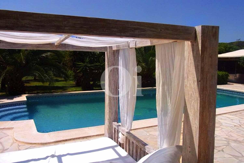 Porche chillout de casa de alquiler de estancia en San José, Ibiza