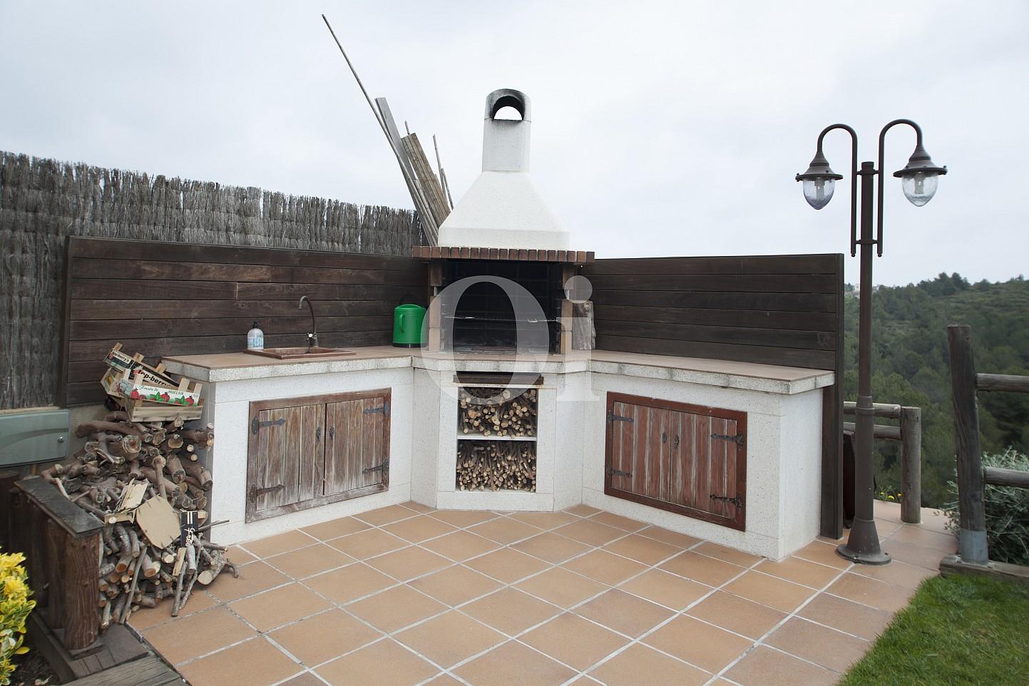 Blick auf den Grillplatz vom Haus zum Verkauf, Segur de Calafell
