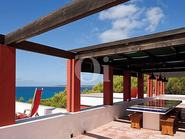 vistas maravillosas de villa en venta en Formentera
