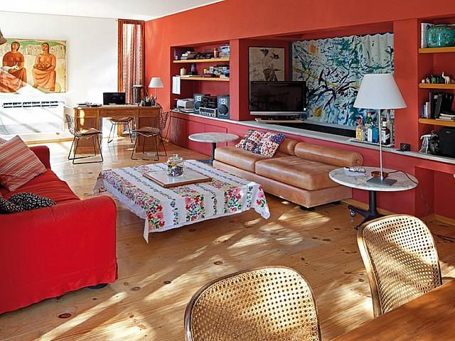 Blick in das Wohnzimmer vom Haus zum Verkauf in Es Caló