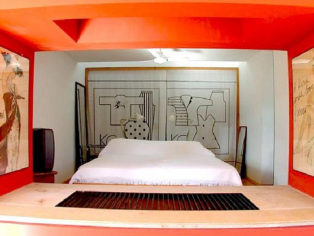 Стильные спальни в замечательном доме на продажу на острове Форментера