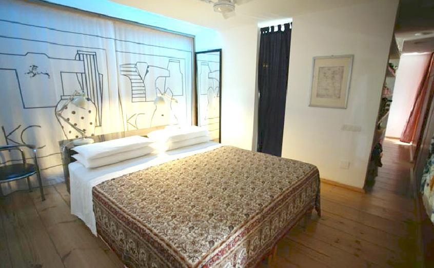 dormitorio de casa en venta un entorno natural en Es Caló, Formentera