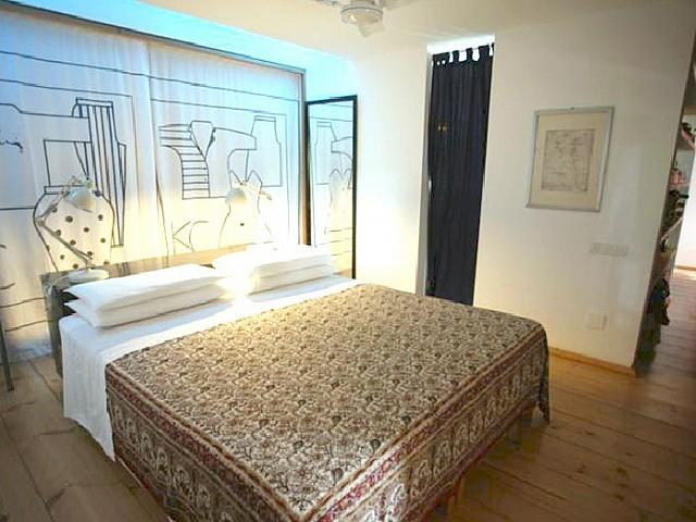 Blick in eine Suite vom Haus zum Verkauf in Es Caló