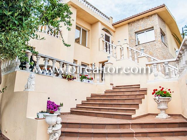 OI REALTOR LLORET house for sale in Lloret de Mar 84