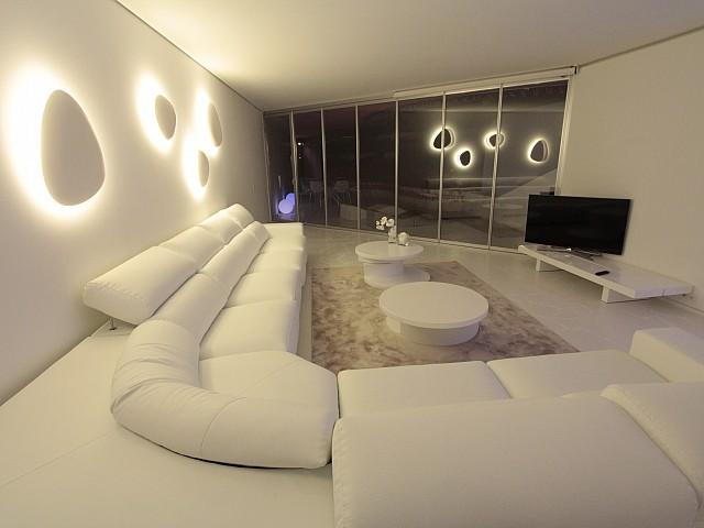 Blick auf die Beleuchtung vom smarten Apartment, Marina Botafoch