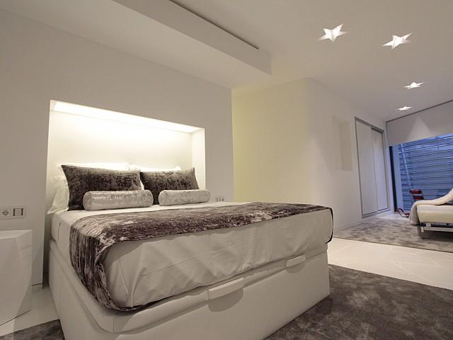 dormitorio de apartamento en venta en Marina Botafoch, Ibiza