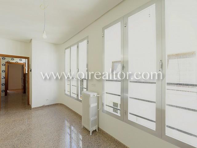 Penthouse à louer à Almagro, Madrid