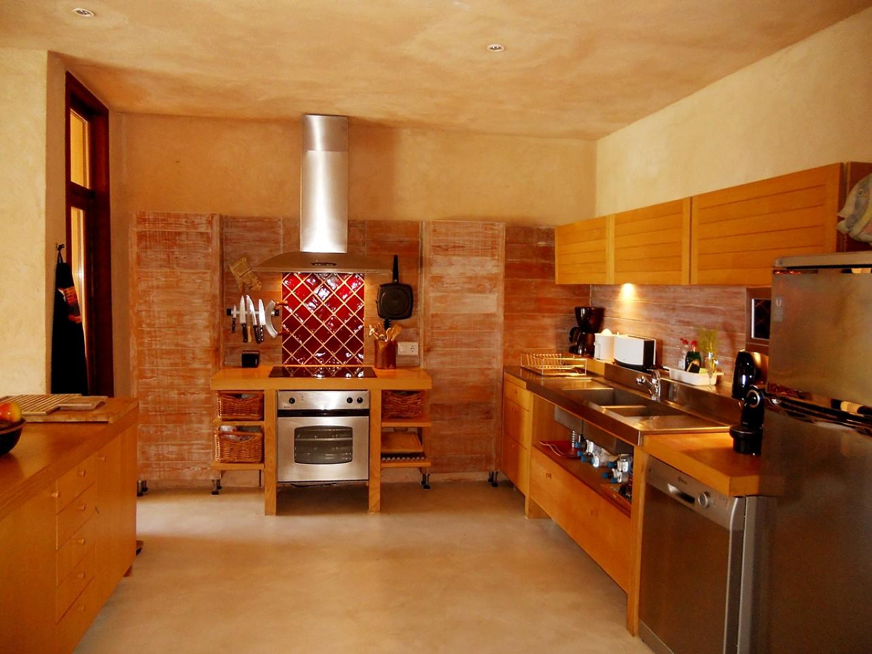 cocina de espectacular villa en alquiler en Cala Salada, Ibiza