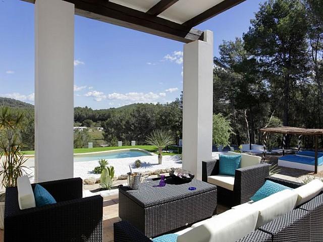 Blick auf den Chillout-bereich vom Ferienhaus auf Ibiza, in Santa Gertrudis