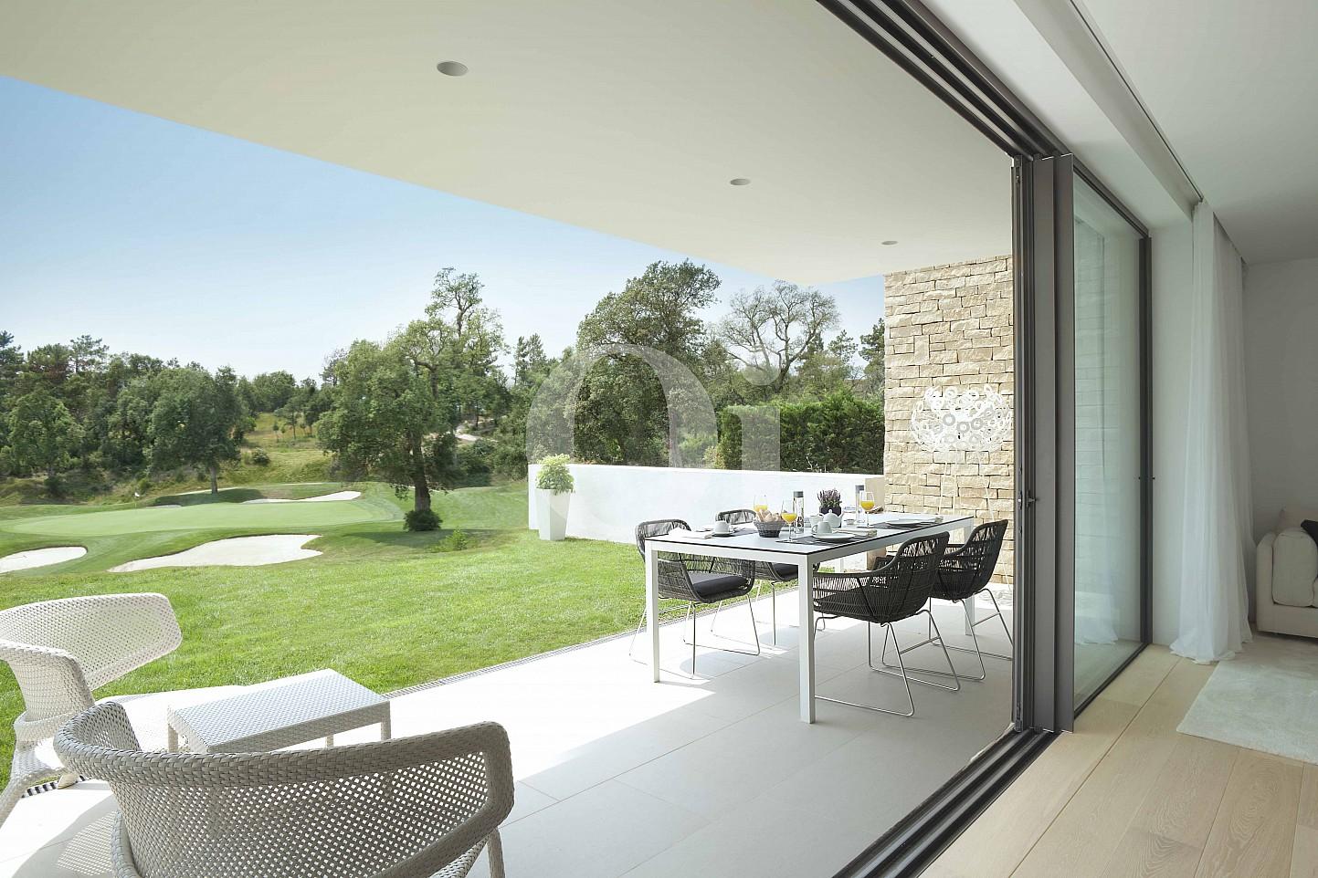 Blick auf den Garten vom Apartment im PGA Catalunya Resort