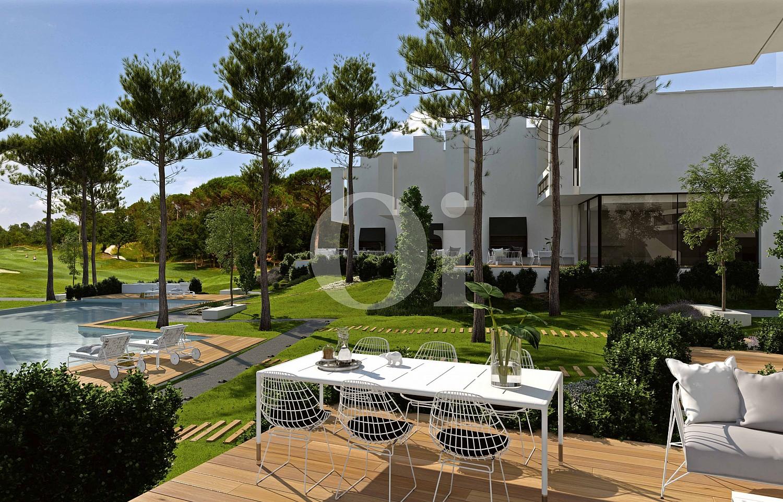 Blick in den Außenbereich vom Reihenhaus im PGA Catalunya Resort