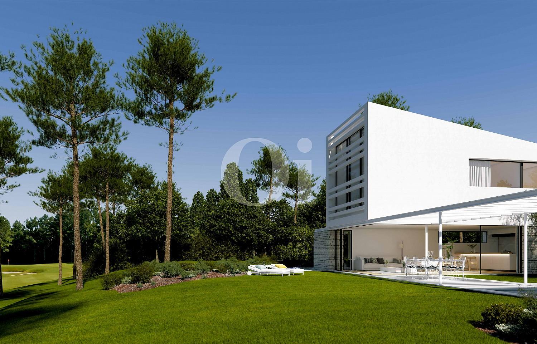 Fachada de lujosa villa minimalista en venta en Caldes de Malavella