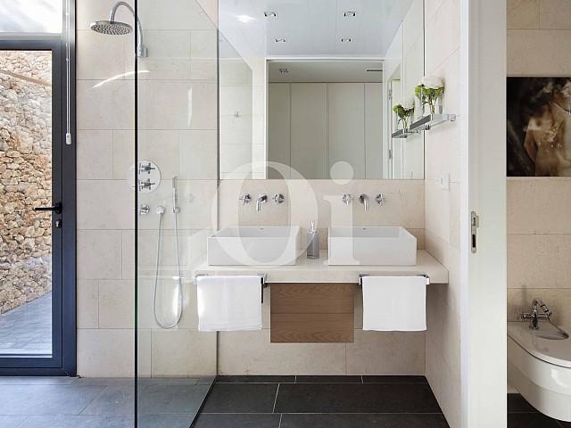 Ванная комната на вилле на продажу в Caldes de Malavella