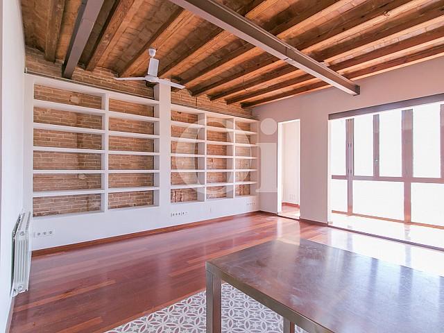 Sala de estar de apartamento en venta en Gracia, Barcelona