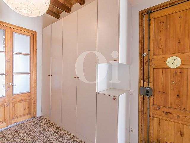Recibidor de apartamento en venta en Gracia, Barcelona