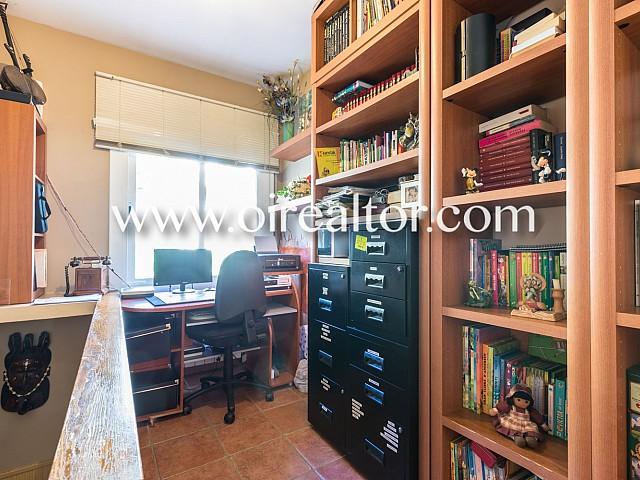 House in Argentona 32