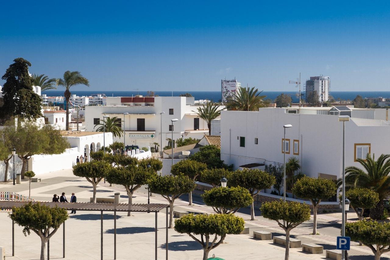 Alrededores de fantastico apartamento en alquiler en Sant Jordi, Ibiza