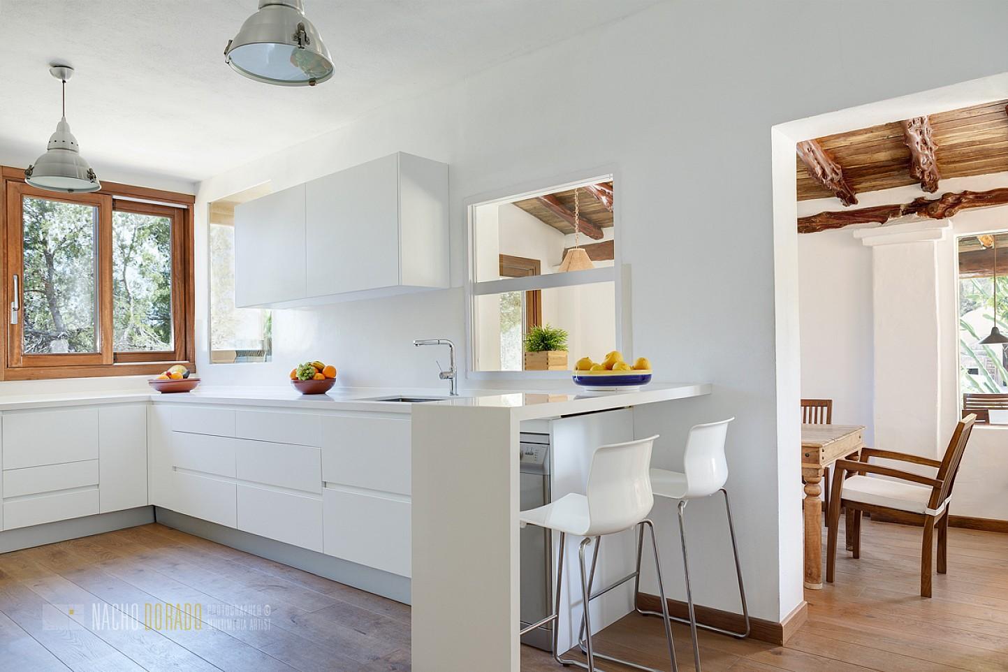 Cocina de maravillosa villa en alquiler en San Agustin, Ibiza