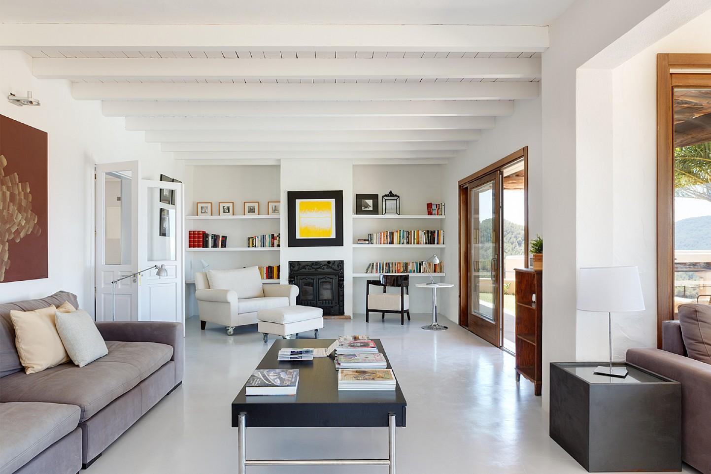 Sala de estar de maravillosa villa en alquiler en San Agustin, Ibiza