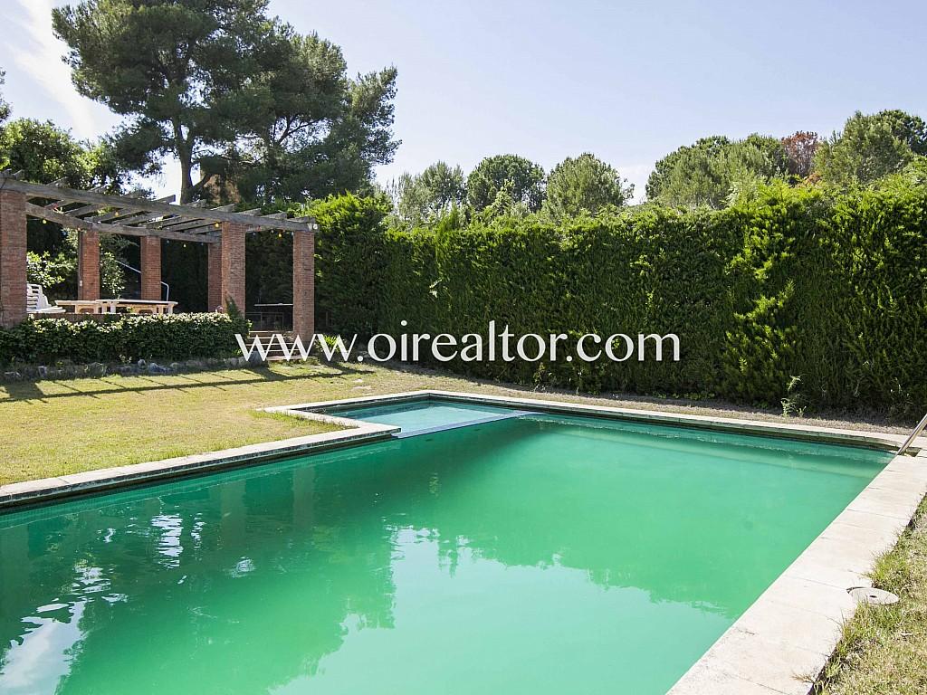Продается величественный дом с участком 1,5 га в Сант Андреу де Льяванерес, Маресме