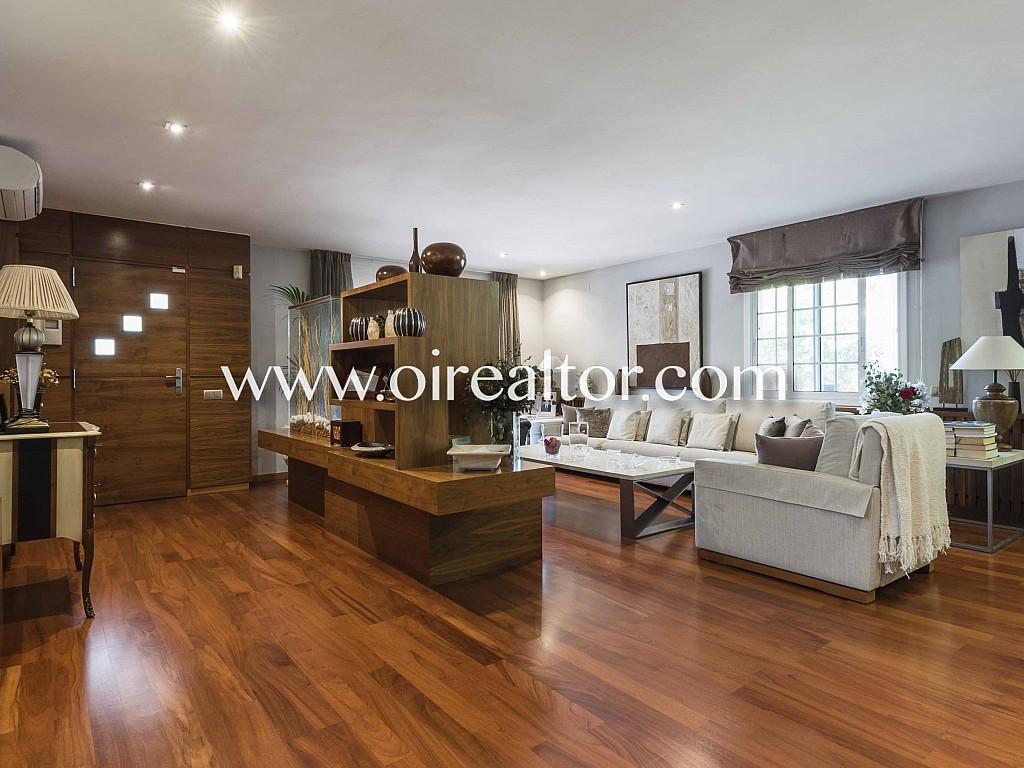 Продается дом в Сан-Бой-де-Льобрегат, Барселона