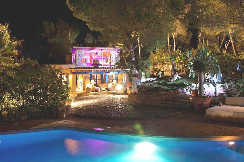 Lujosa casa en venta con vistas en Ibiza