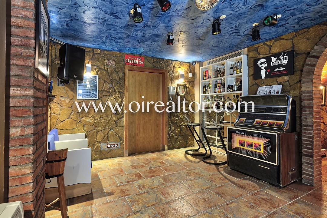 Дом на продажу в Кастельдефельс