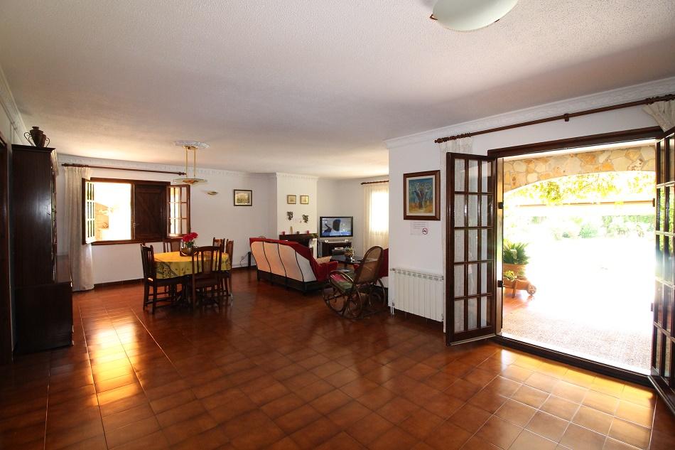 Эффектный дом на продажу в Сан-Поль-де-Мар